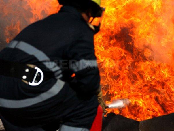 Moarte Violentă Pentru Mama și Copilul Găsiți Cu Gâtul ...  |Incendiu Chitila
