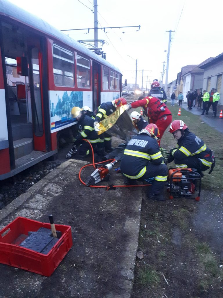 Accident tramvai femeie ucisa