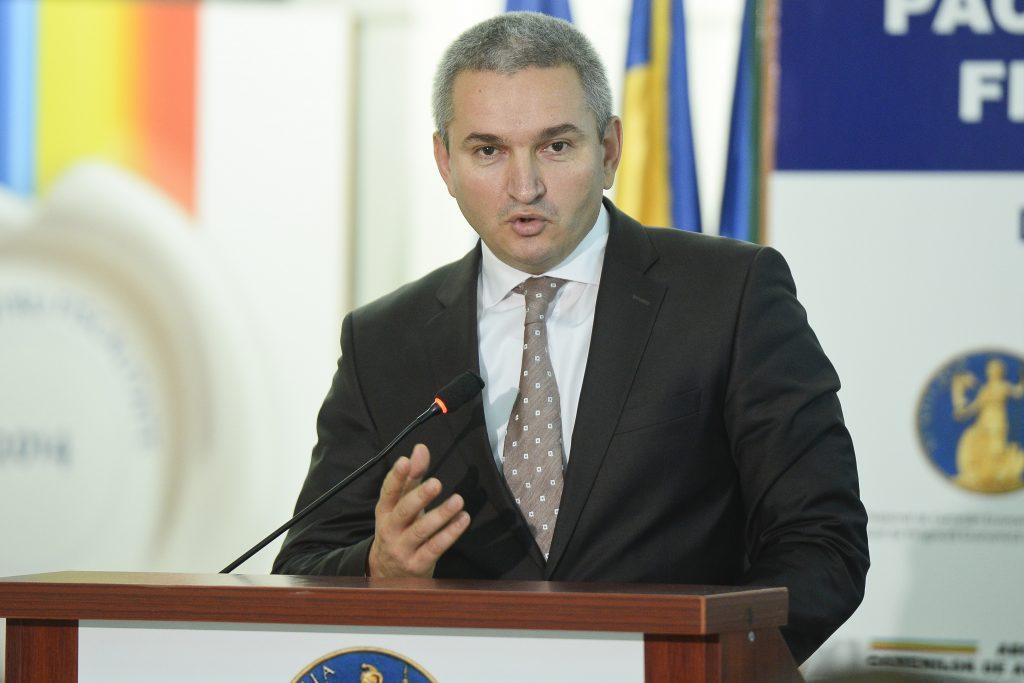 ASF: Banca Mondială vorbește despre riscul apariției unui val de falimente și al permanentizării șomajului tehnic
