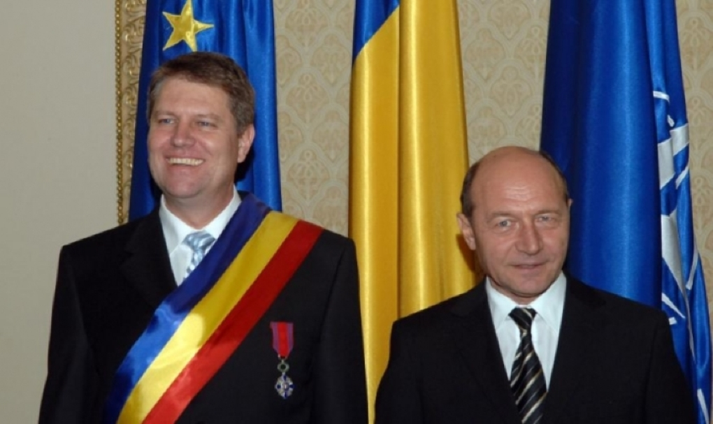 """Traian Băsescu, atac dur la Klaus Iohannis: """"A fugit de asumarea răspunderii și i-a pasat-o lui Șică Mandolină"""" Ce i se impută actualului președinte"""