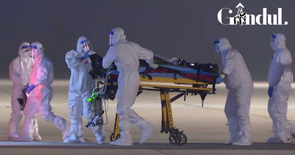 """Foștii pacienți ai medicului erou de la Piatra Neamț susțin că nu lua șpagă: """"A scos bancnotele şi mi le-a dat înapoi"""" / """"Nu a primit nicio atenție, doar un «mulțumesc»"""""""