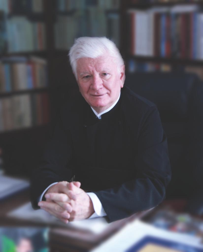 A murit părintele academician Mircea Păcurariu. Este considerat cel mai mare istoric al Bisericii Ortodoxe Române