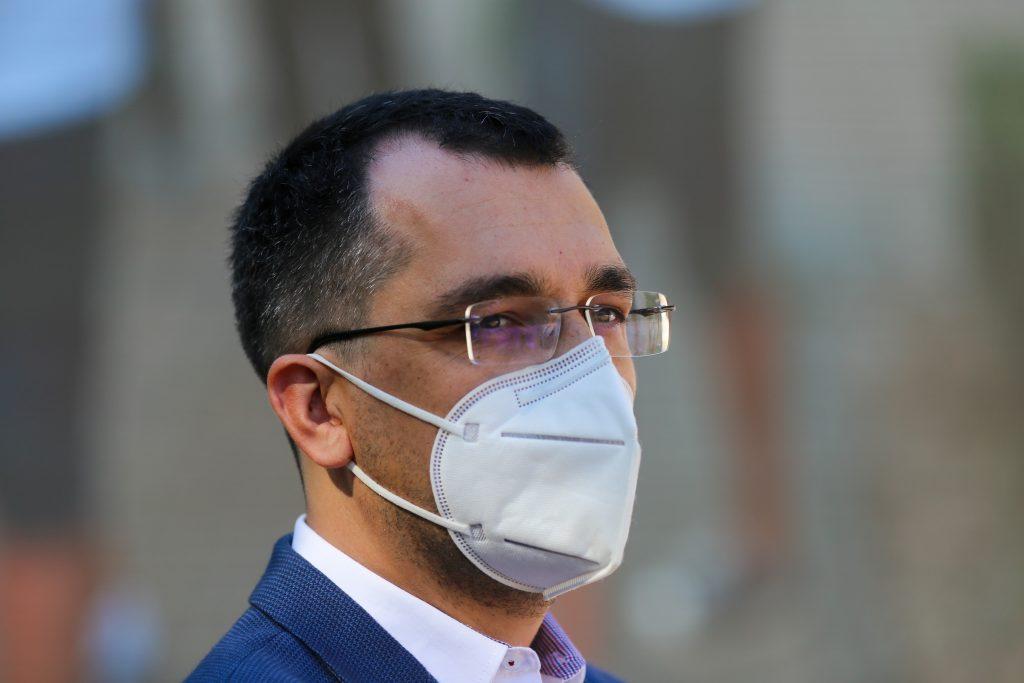 """Ministrul Sănătății nu exclude varianta vaccinării anti-COVID-19 noaptea, pe model israelian: """"Se poate pune problema și așa!"""""""