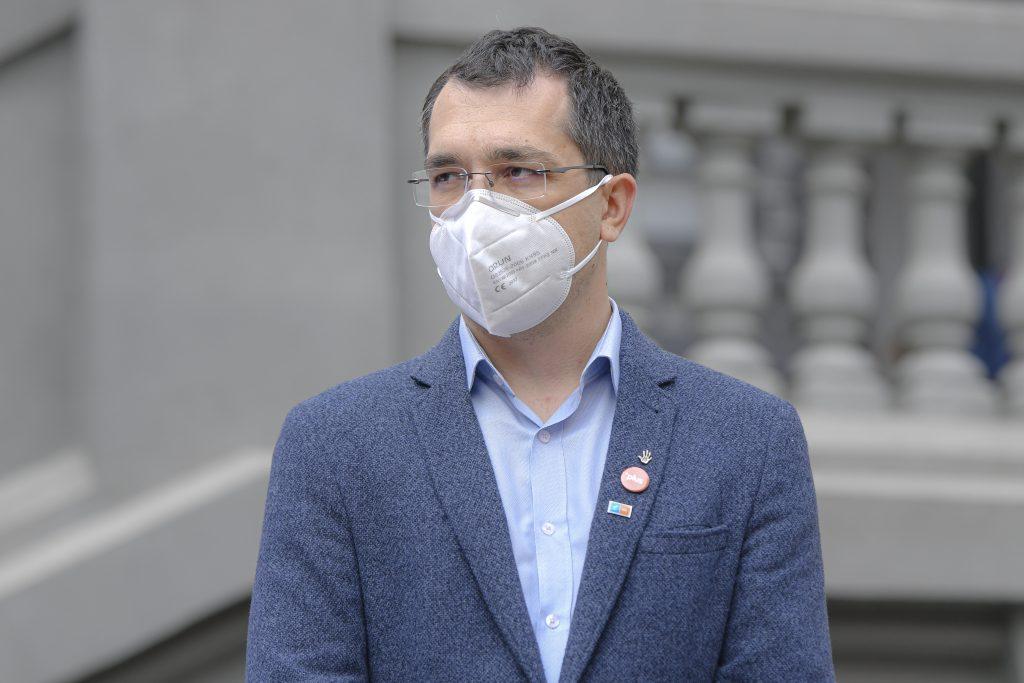 """Ministrul Sănătății, Vlad Voiculescu, despre redeschiderea școlilor: """"Începe vaccinarea personalului din învățământ"""" – VIDEO"""