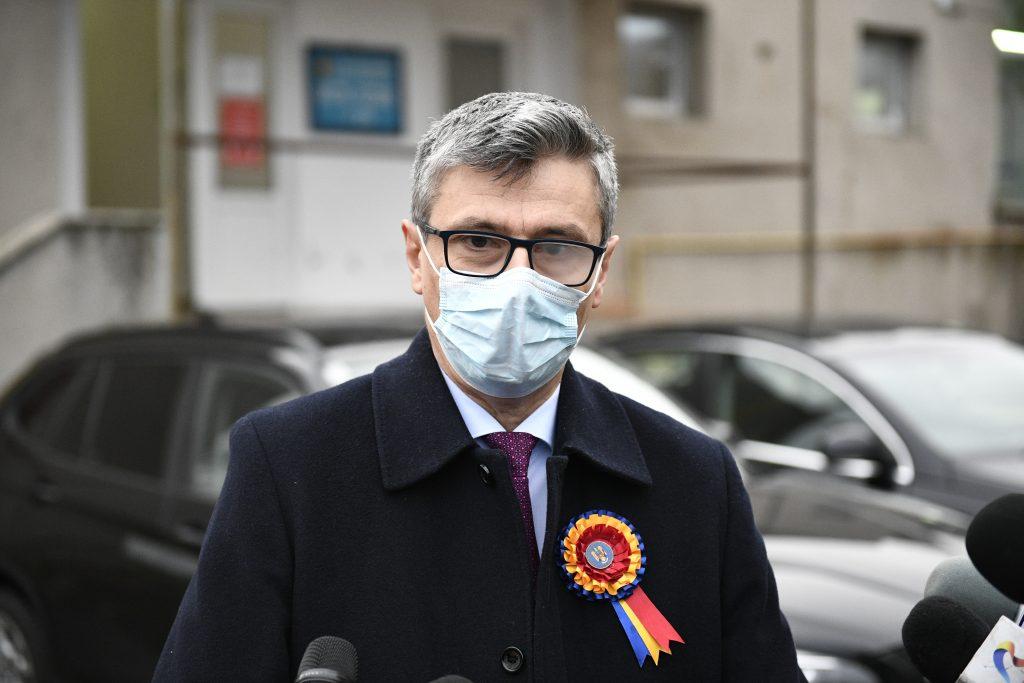 Virgil Popescu: Nu privatizăm nimic! Statul trebuie să fie acționar majoritar în toate societățile și companiile de interes strategic național!