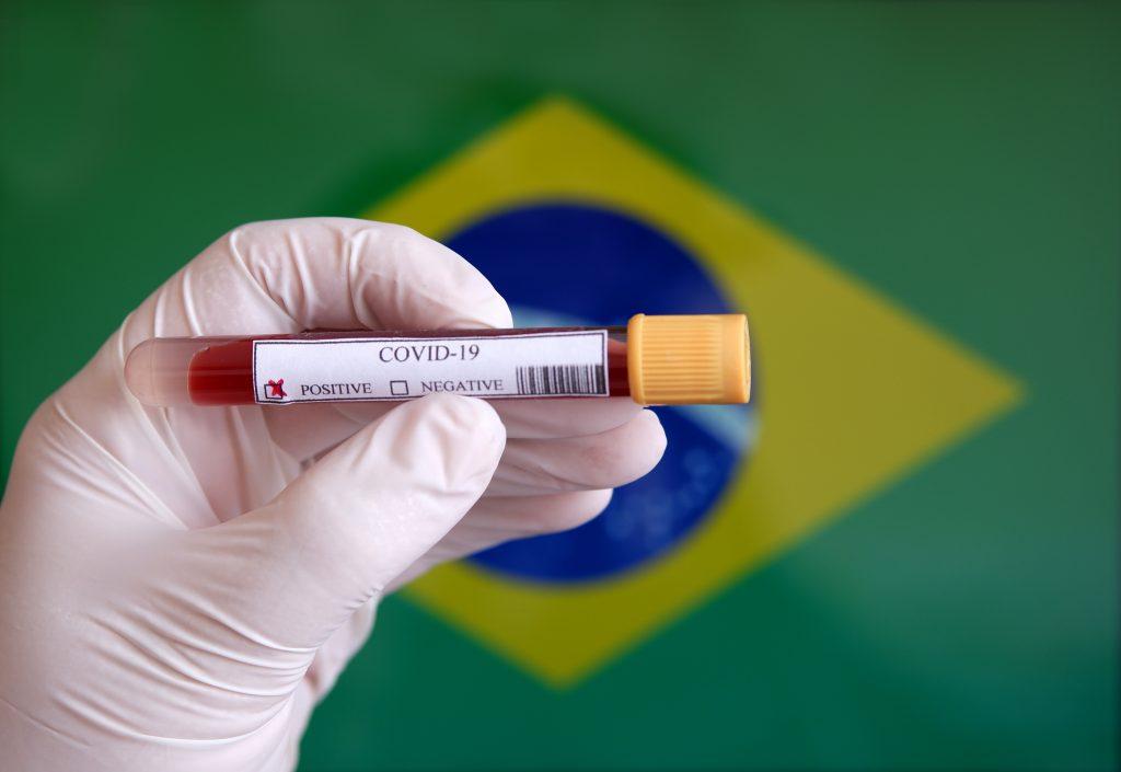Statul brazilian São Paulo înregistrează un deces din cauza COVID-19 la fiecare șase minute. Autoritățile au decis înăsprirea restricțiilor