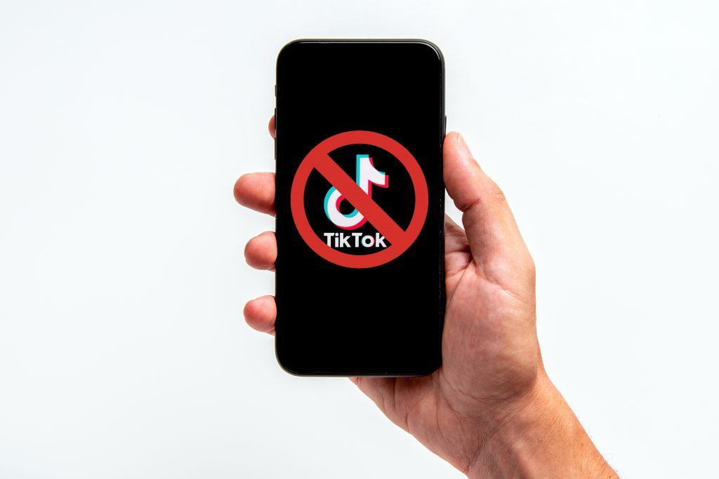 Italia blochează accesul la TikTok pentru utilizatorii a căror vârstă nu este garantată