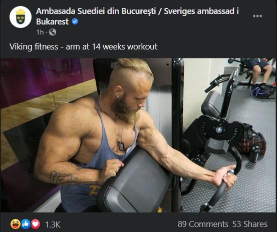 """Mușchii lui Klaus Iohannis, vedete pe internet! """"La rapel vrem să vedem dacă faceți și abdomene"""" / """"Te bagi 1-1 cu Putin? Cine câștigă primește Basarabia"""" / Au apărut meme-urile cu momentul vaccinării președintelui - FOTO"""