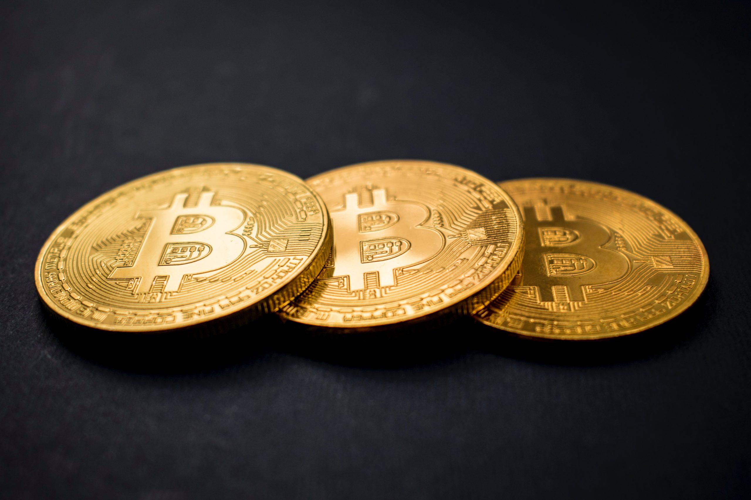 Ar trebui să investesc în ethereum sau bitcoin cotober 2021