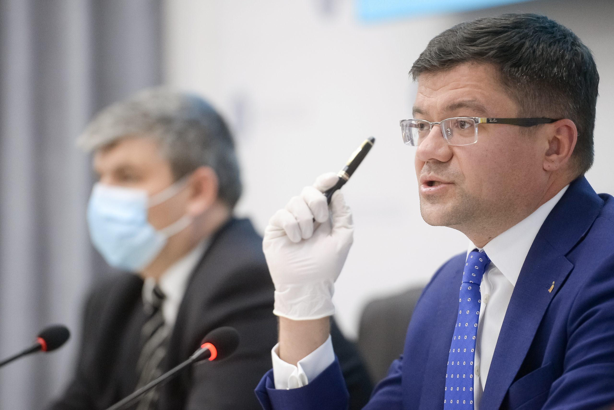 Directori silvici, schimbați politic de un secretar de stat din Ministerul Mediului care îi șantaja /Florin Cîțu anunță că liberalul și-a dat demisia