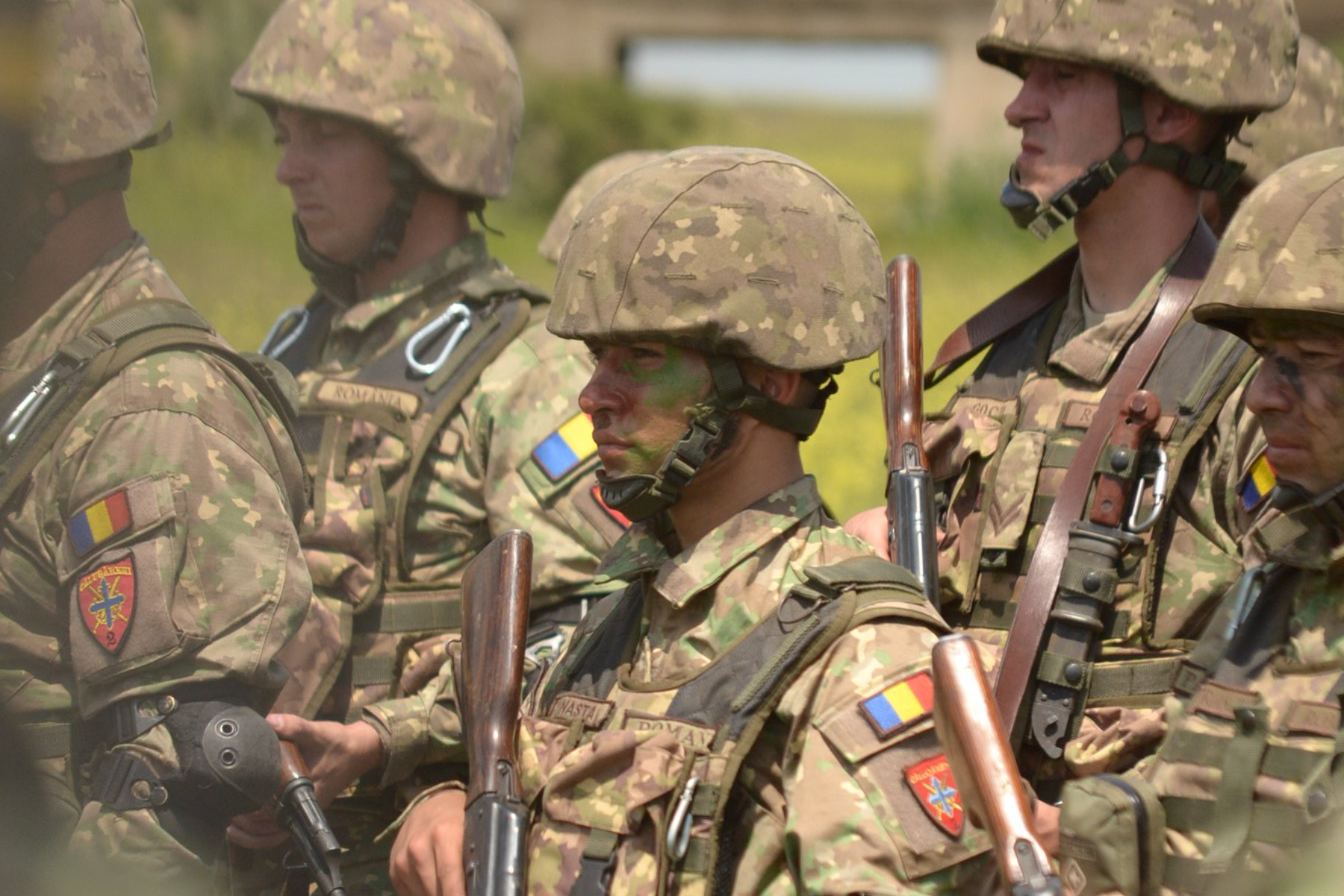 Armata dating site-ul marea britanie
