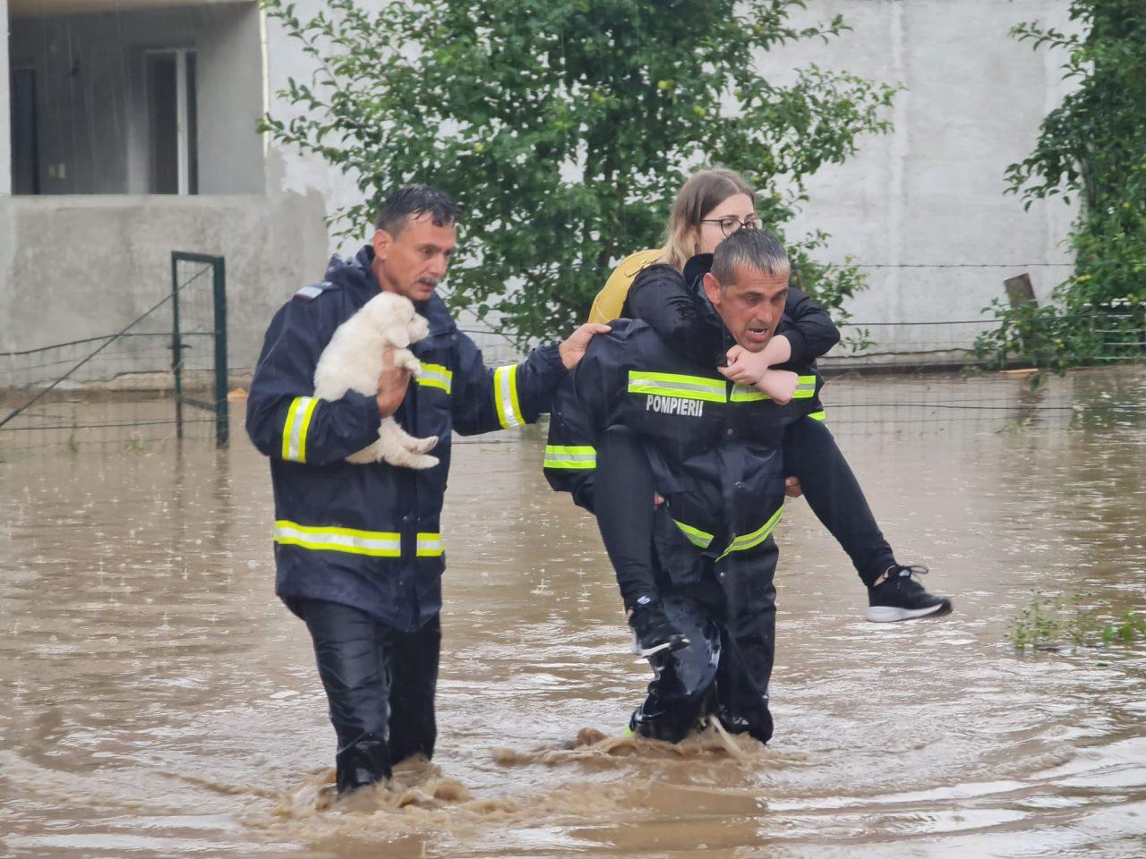 Guvernul dă 371 de milioane de lei județelor afectate de inundații